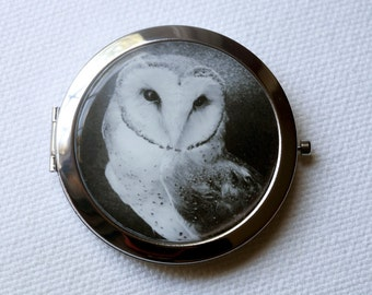 Owl pocket mirror compact style with black and white photo of a barn owl