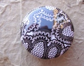 Art Badge - 1 inch Button - Black and White - Japan Stream