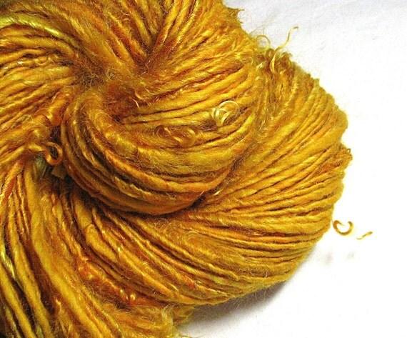Handspun Art Yarn  Sheeping Beauties 'Goldilocks'