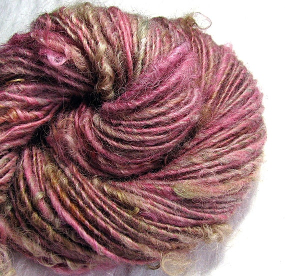 "Handspun Art Yarn Sheeping Beauties ""Precious"""