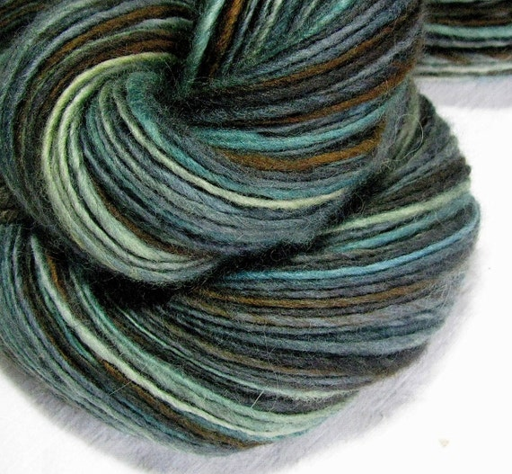 Handspun Yarn Thick and Thin Single Blue Faced Leicester 'Cloud-9'