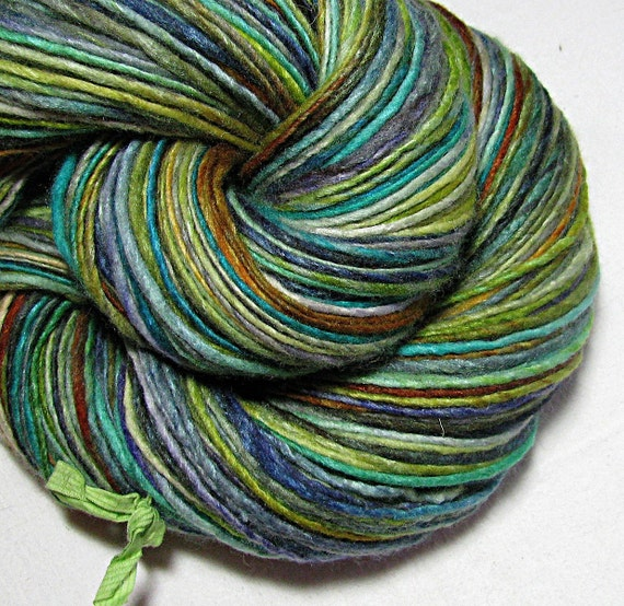 Handspun Yarn Gently Thick and Thin Single Worsted Merino and Tussah Silk 'Oberraschung'