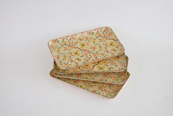 Vintage Paper Mache Butterfly Print Trays Set of 4