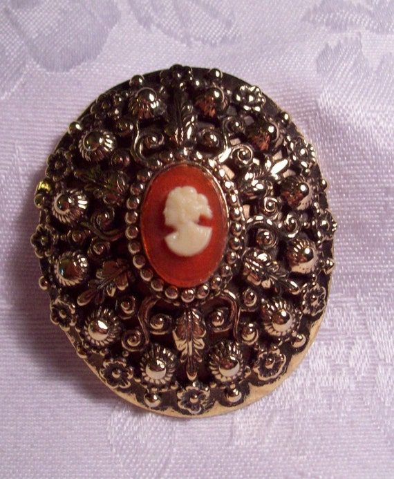 CLEARANCE -  Vintage Ornate large Cameo Gold Brooch or Pin, Beautiful Details - 1950s-60s