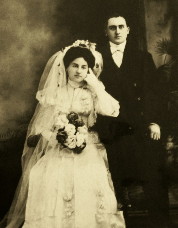 Antique Wedding Portrait  Photograph,  late 1800's or early 1900's - Excellent Condition