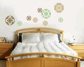 MULTI COLOR DECORATIVE FLORAL SPHERES WALL GRAPHIC SET