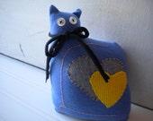 Blue Love Cat
