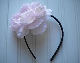 Zigzag Wire Headband with Light Pink Peony