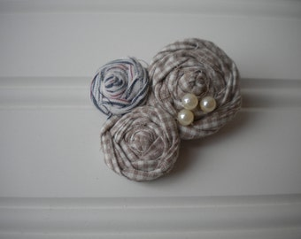Rolled Rosettes Hair Clip in Country Fair
