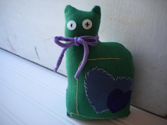 Green Love Cat