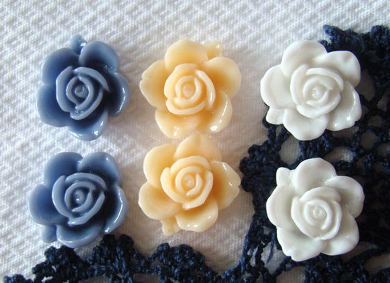 Blueberry and Cream Floral Fridge Magnet Set