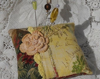 Pincushion Los Angeles Theme Vintage Lace Fancy Pins