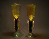 Decorative wineglass stemware, black and gold