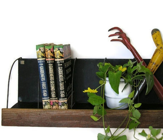 Vintage Shelf: Wood & Metal, Wire Dividers for Display, Organization