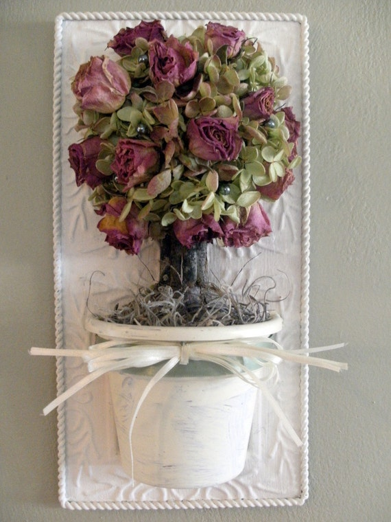 Hanging Tile with Rose and Hydrangea Topiary