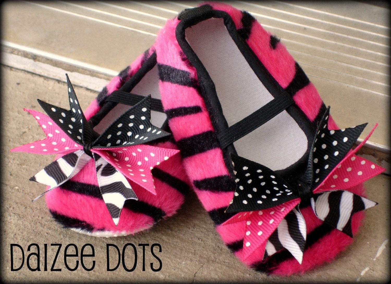 pink zebra animal print crib shoes with ribbon bow size