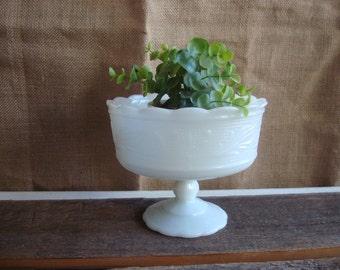 Vintage Milkglass Bowl // Pedestal Bowl // Ornate Milkglass // Scalloped Edges // Cottage // Farmhouse // Vintage Kitchen