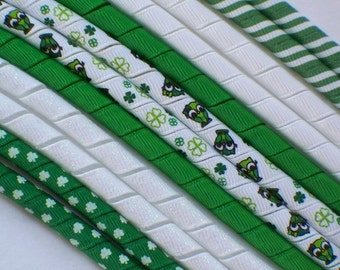 12yds--St. Patty-s Day Owl--GLITTER--Korker Ribbon