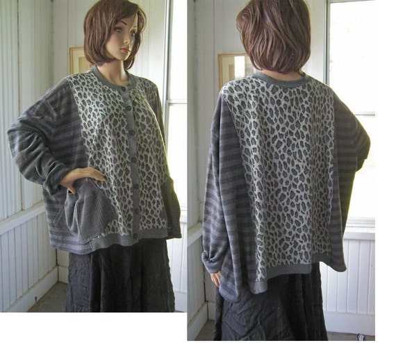 Reconstructed Tunic Cardigan With Pockets Gray Leopard Animal Print One Size Up To 3X All seasons