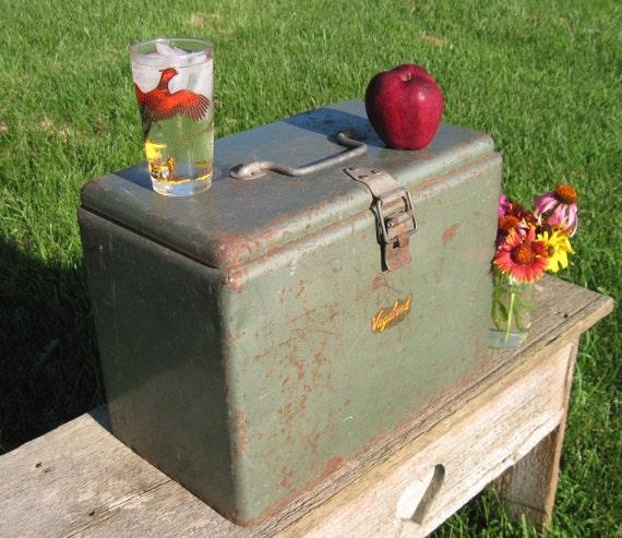 Vintage Ice Chest, Vagabond Metal Picnic Ice Box, 1950's, Metal Garden Decor, Industrial Office Storage
