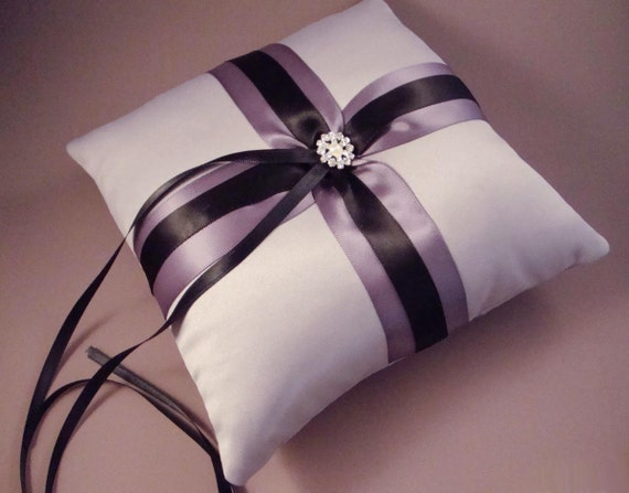 Fifth Avenue Ring Bearer Pillow - Choose Your Colors