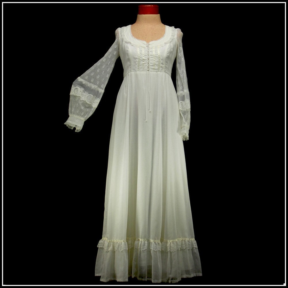 Vintage 70s Wedding Dress By Gunne Sax Ivory Informal BoHo