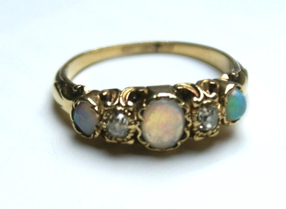 Opal Ring-Victorian Opal and 18k Gold Ring-Victorian Opal Rose Cut Diamond Ring-Beautiful Opal Ring-Gold Opal Ring-Ring Opals-Opal Rings