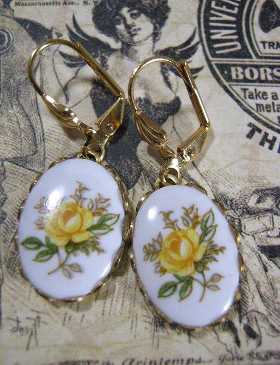 Nouveau Yellow Rose Earrings
