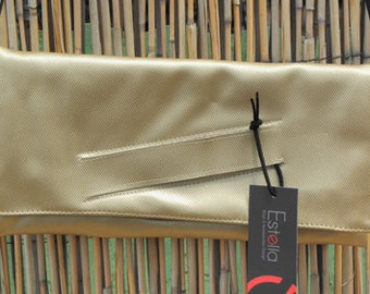 Vegan GOLD clutch for woman, lovely evening purse for going out, cruelty free - Gili - Made to order