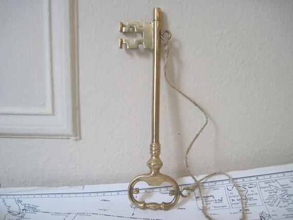 1970s Decorative Big Brass SKELETON KEY Wall Hanging,  vintage Jailer's Key,  VICTORIAN revival