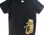 Womens Dr Who Dalek t shirt size medium