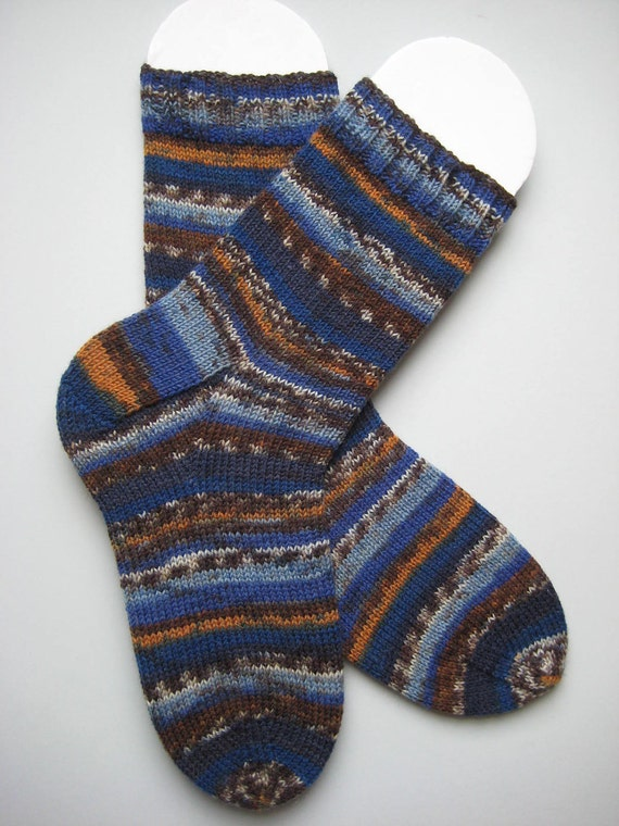 hand knit mens wool socks, UK 7-9 US 8-10