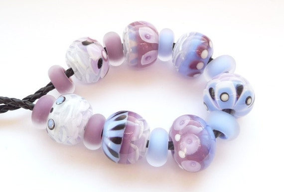 Purple and Blue Chrysanthemum beadset / SRA