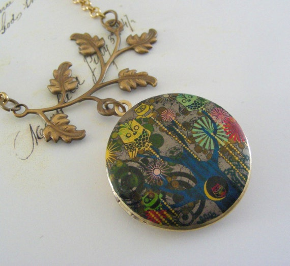 Owl Locket - PICASSO'S Owls - Vintage LOCKET  Necklace
