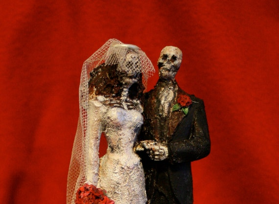 Day of the Dead Bride and Groom Cake Topper music box