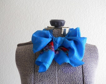 vintage scarf, blue polka dotted