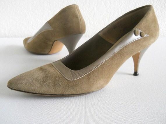 vintage stilettos, 1960s QualiCraft , camel and tan ***PRICE REDUCED***