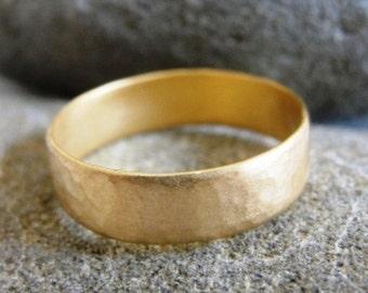Hammered Wedding Ring , Textured Wedding Ring , Unisex Wedding Ring , Handmade Wedding Ring , Gold Wedding Band