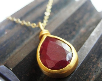 Ruby Pendant , Ruby Necklace , Ruby Gold Necklace , Ruby Pear Pendant , July Birthstone Necklace , Ruby Jewelry , Gold Ruby Jewelry