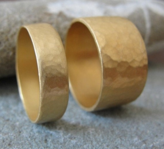 Wedding Ring Set , Hammered Wedding Bands , Matching Hammered Wedding Rings , Matching Wedding Rings , His and Hers Wedding Set