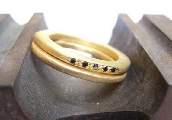 Engagement & Wedding Ring set - 18k Yellow Gold and Black Diamonds