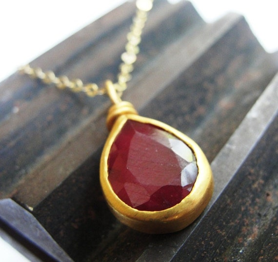 Gold Necklace , Ruby Necklace , 22k Gold and African Ruby Necklace , Solid Gold Necklace