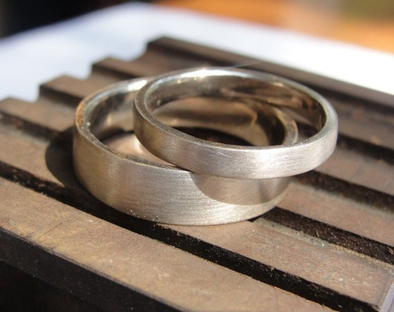 Matching Wedding Rings - Wedding Band Set - Gold Wedding Bands Set - Wedding Rings - Gold Wedding Rings Set - His and Hers Wedding Bands