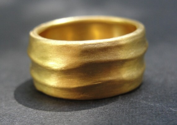 Wedding Ring - Gold Wedding Band - 18k Gold Waves Wedding Band