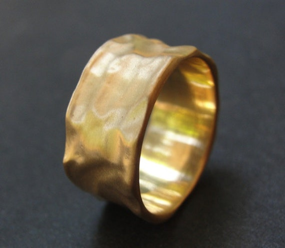 Gold Wedding Ring - Wedding Band - Gold Ring - Organic Wedding Ring made of 14K Gold