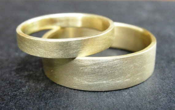 Wedding Band Set  -  Wedding Rings - Gold Wedding band -  Classic 18k Gold Wedding Bands