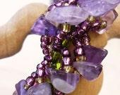 Petals - beaded bracelet