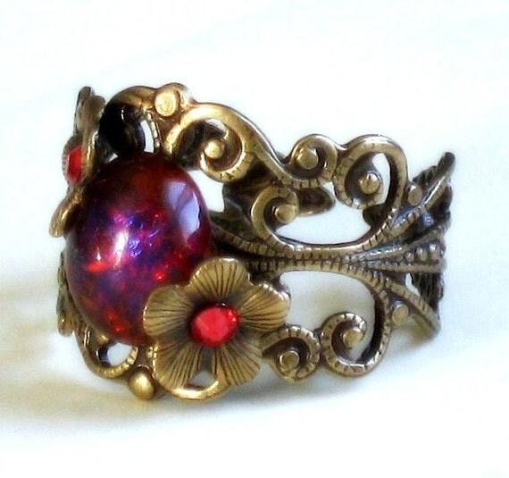 Isadora Enraptured Victorian Ring