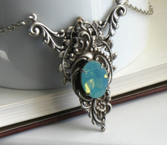 Vesper Aged Silver And Seafoam Jeweled Victorian Fantasy Necklace