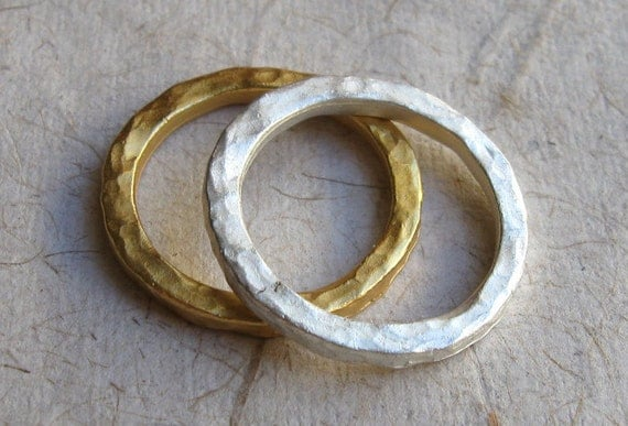 Hammered Band simple Gold Silver White ring stackable stacking antique